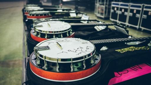 Deering Banjos backstage photo
